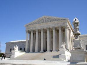 1038828_u_s__supreme_court_2-300x225