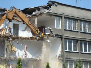 907526_demolition_of_the_building.jpg